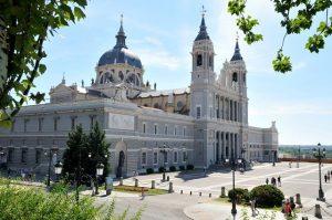 Vliegtijd Madrid