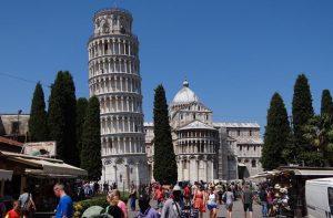 Vliegtijd Pisa